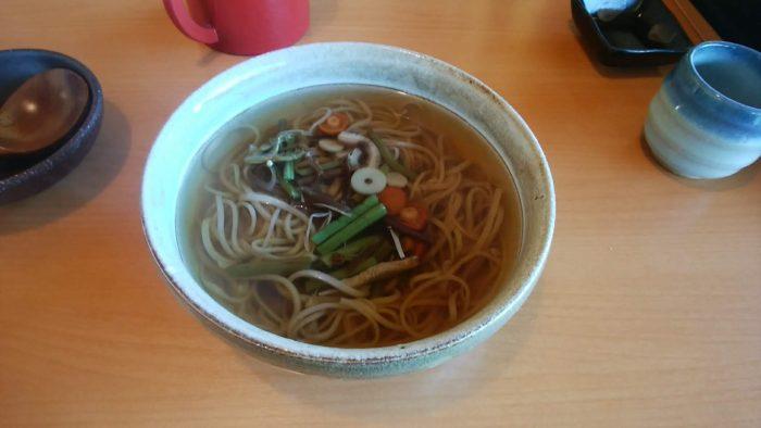 山菜蕎麦 850円